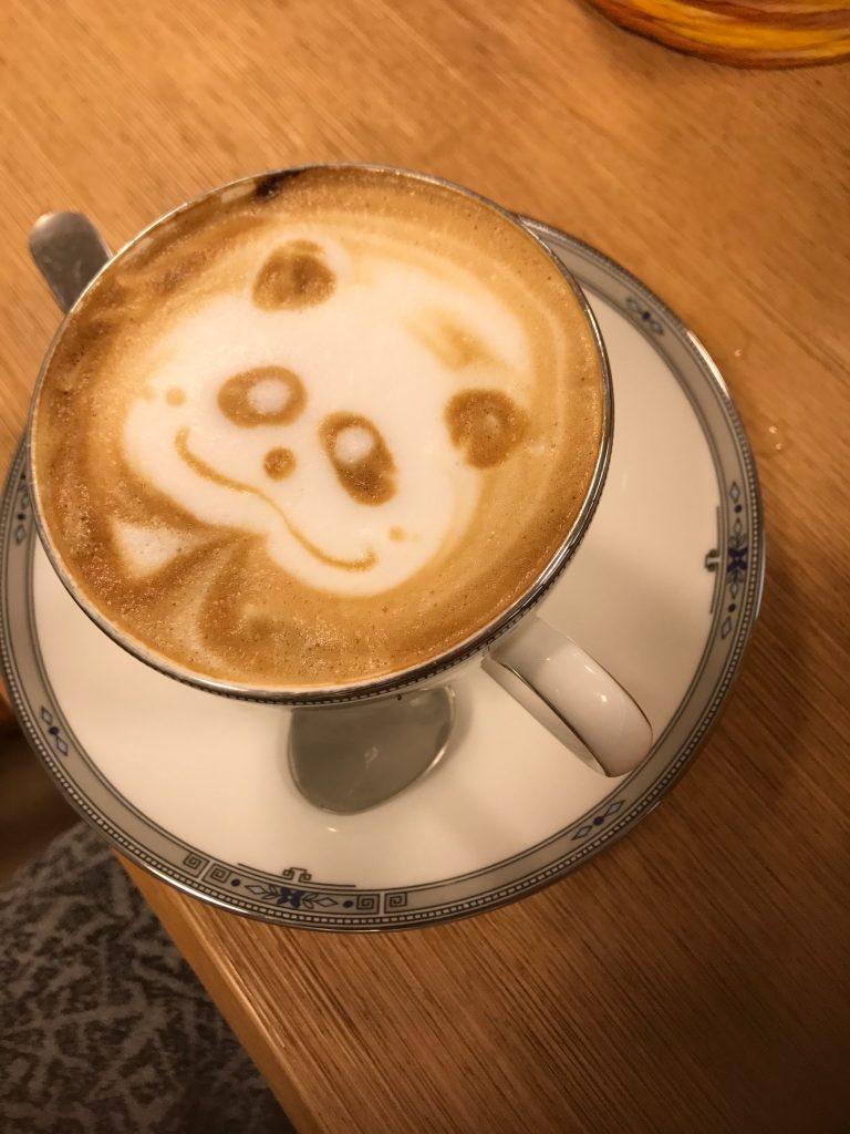 パンダのラテアート